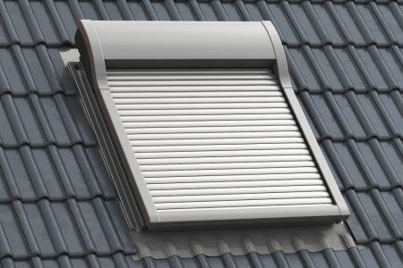 Dachfensterrollladen-1_Kern-Rollladen.jpg